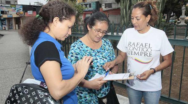7_210_recolectores_para_la_reelecci__n_de_Rafael_Correa.jpg