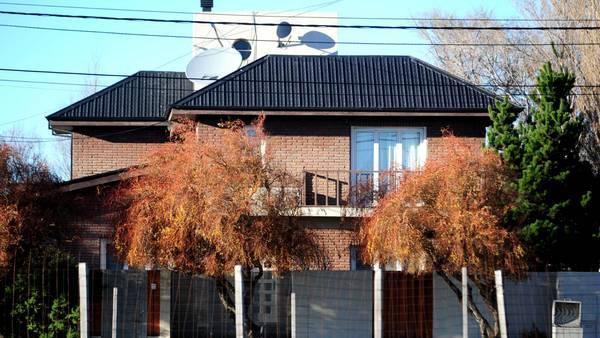 La_casa_donde_se_refugia_Cristina__es_la___nica_propiedad_que_no_allan___Bonadio.jpg