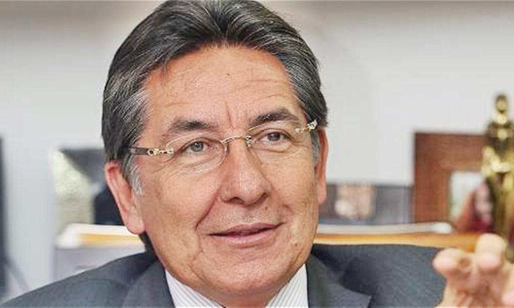 Nestor Humberto Martínez5