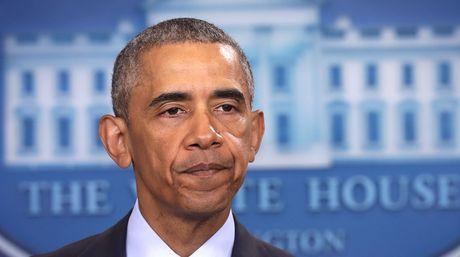 Obama_firma_la_ley_destinada_a_reestructurar_la_deuda_de_Puerto_Rico.jpg