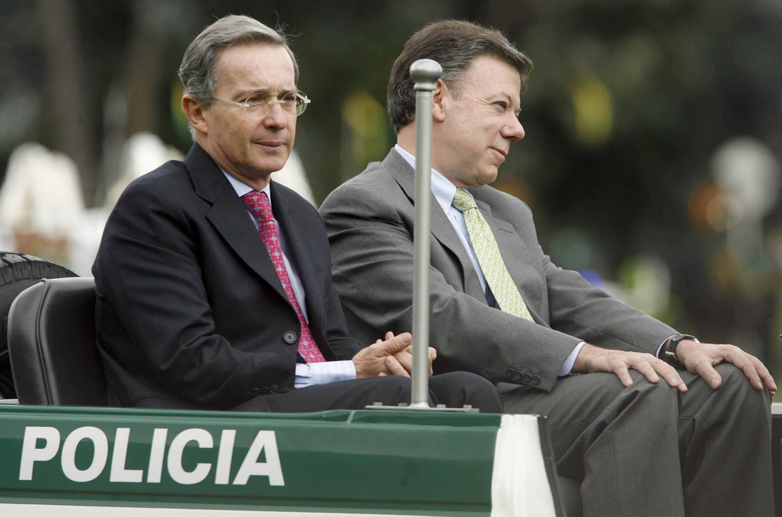 Santos y Uribe