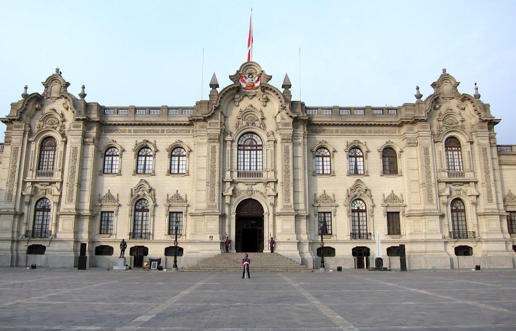 casa de gobierno de peru
