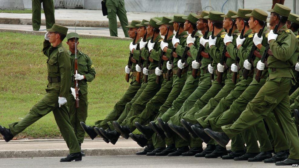 militares cubanos