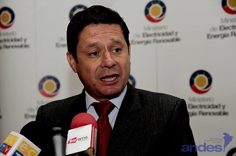 Esteban Albornoz, ministro de electricidad