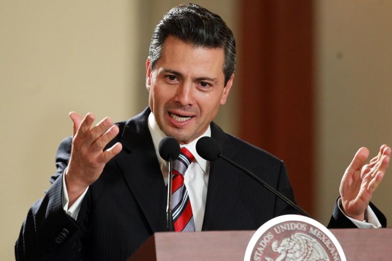 Peña Nieto niega espionaje contra periodistas y activistas