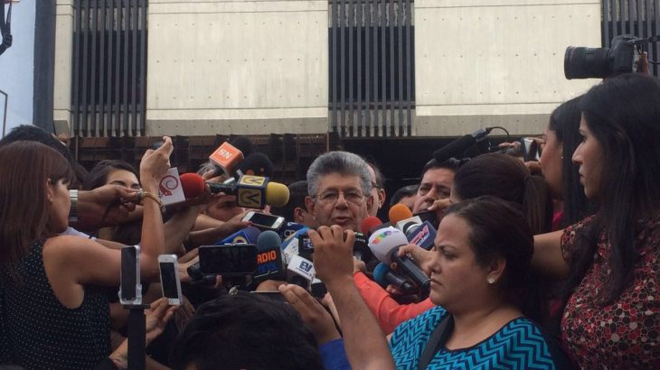 Parlamento_venezolano_consign___ante_el_MP_alegatos_ante_sentencia_del_TSJ.jpg