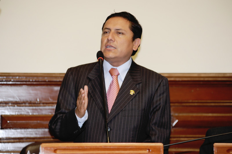 congresista Elías Rodríguez