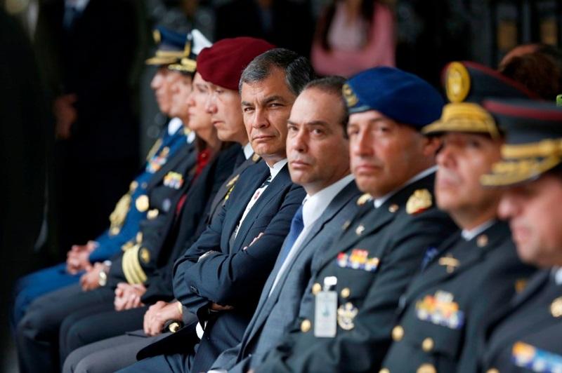 Juzgado admite recurso del presidente correa contra consejo militar el politico for Juzgado togado militar