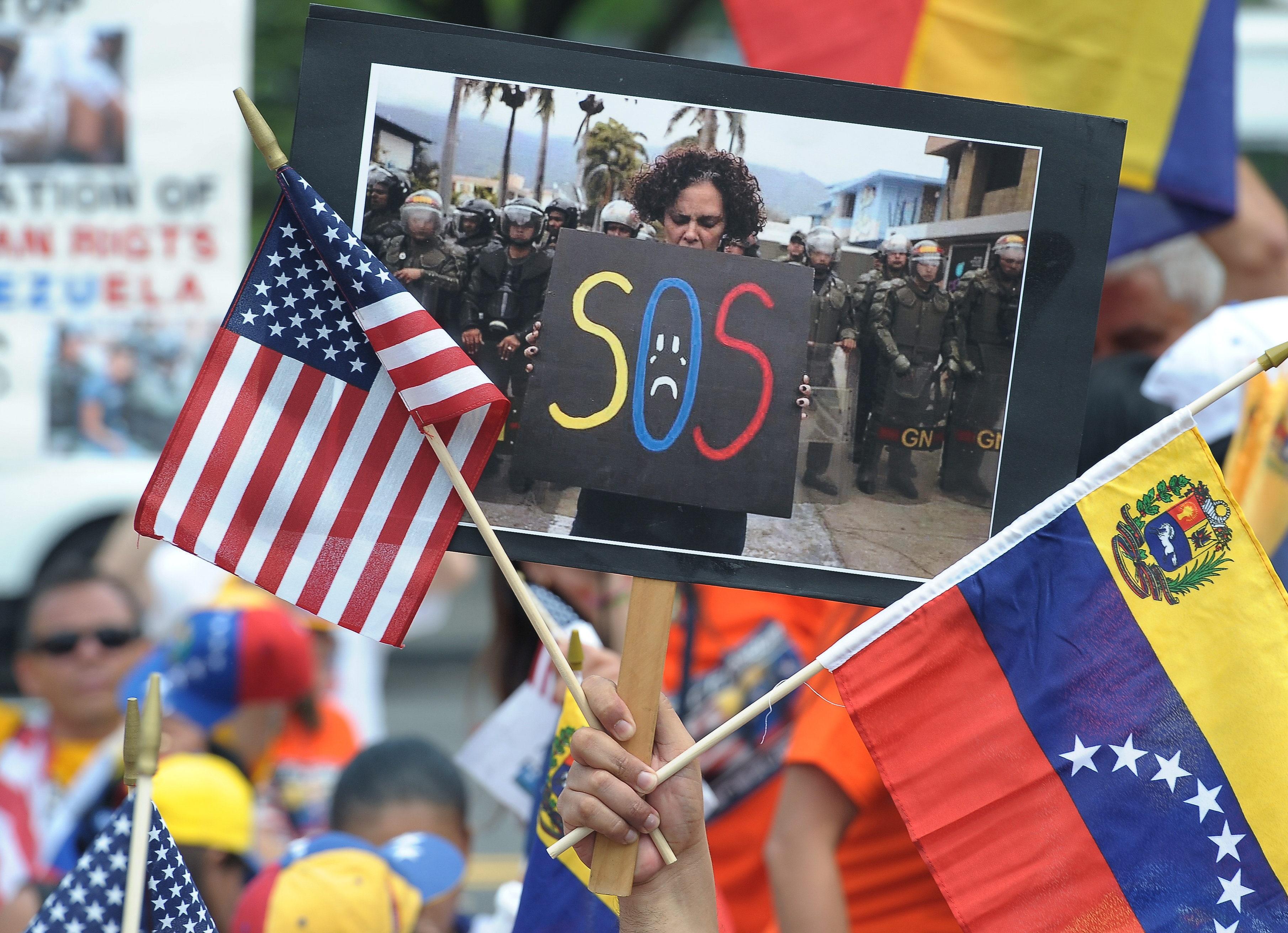 Venezolanos Exiliados En Eeuu Piden Beneficios Migratorios A Corto