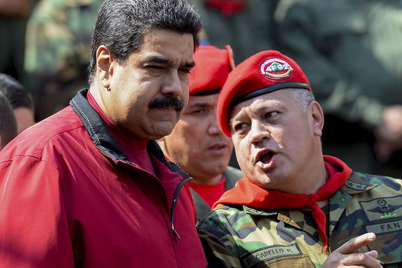 Cabello y Maduro