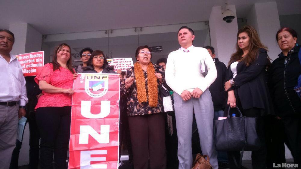 Representantes de la Unión Nacional de Educadores quiere evitar su disolución