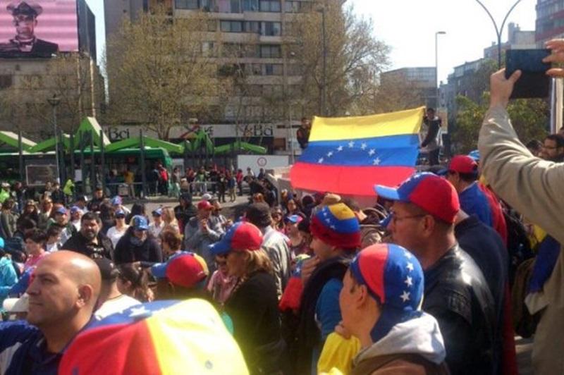 Resultado de imagen para venezolanos en chile