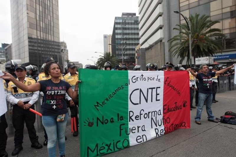 huelga de maestros méxico