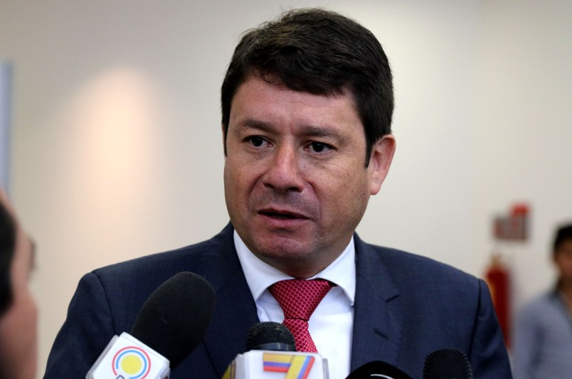ESTEBAN ALBORNOZ