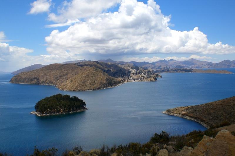 BID y UE financiarán plan de limpieza y protección lago Titicaca en Bolivia