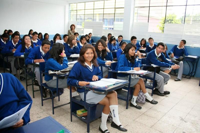 10.000 estudiantes colombianos se beneficiarán de programa gubernamental