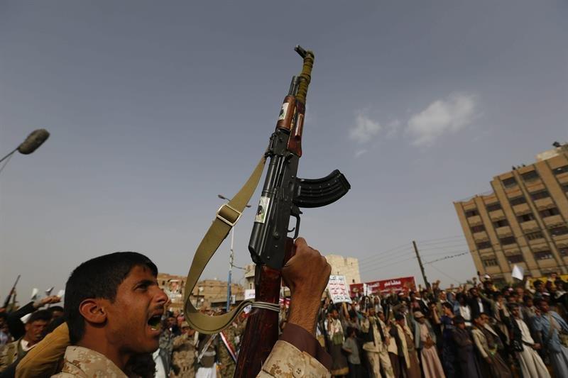 poblacion-de-yemen-protesta-co_8ip2sel-jpg_1000x0