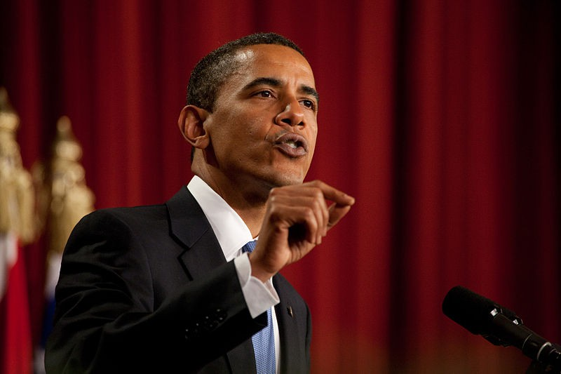 800px-barack_obama_speaks_in_cairo_egypt_06-04-09