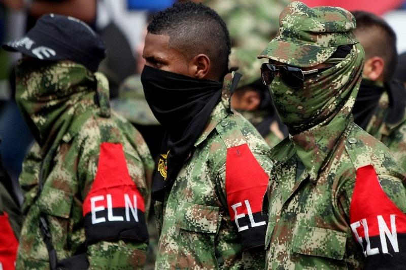 Gobiernon colombiano y ELN aplazan segunda cita de paz por viaje de guerrilleros a Cuba