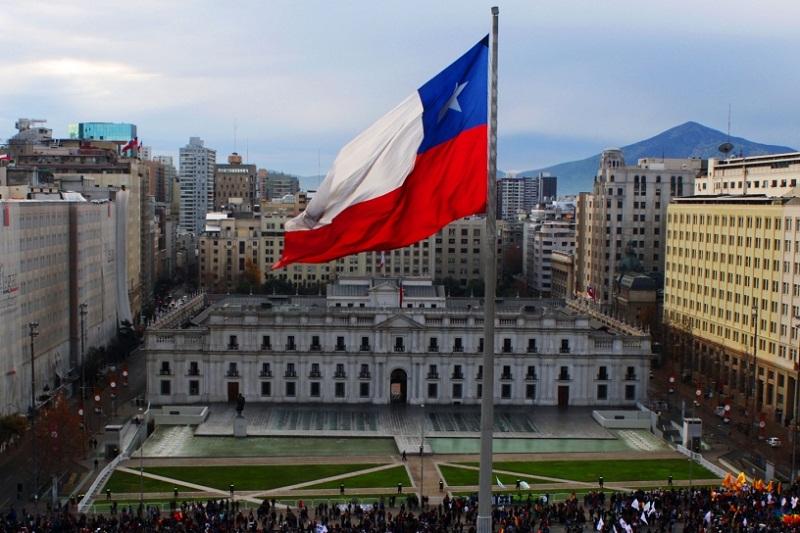 Autoridades llaman a chilenos a preparar kit de emergencia tras cadena de sismos
