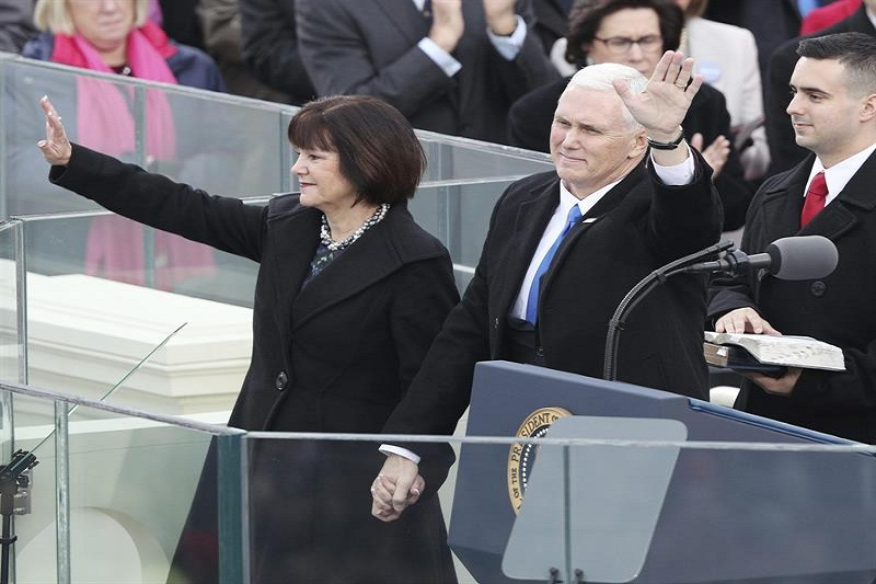 mike pence uno
