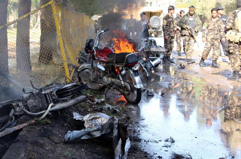 Resultado de imagen para ataque Suicida en Afganistàn