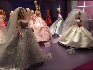 Foto: @mpicalaetiqueta/ Algunas de las muñecas en exhibición