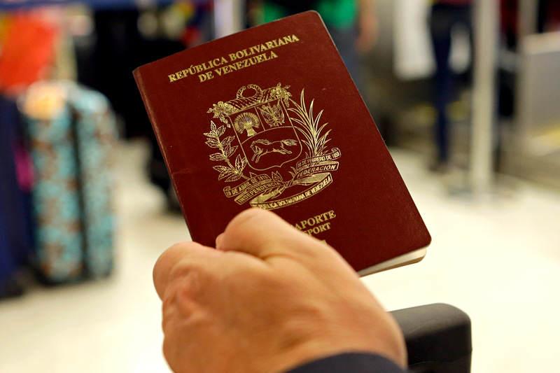 Pasaporte-Venezolano-Venezuela-SAIME-2-800x533