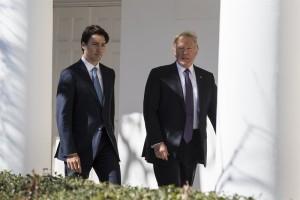 Trump y Trudeau buscan eliminar las barreras a la participación de las mujeres