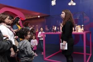 Foto: Fundación Canal/ Visitantes de la exposición