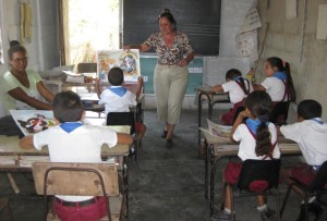 Aula de una escuela en Cuba