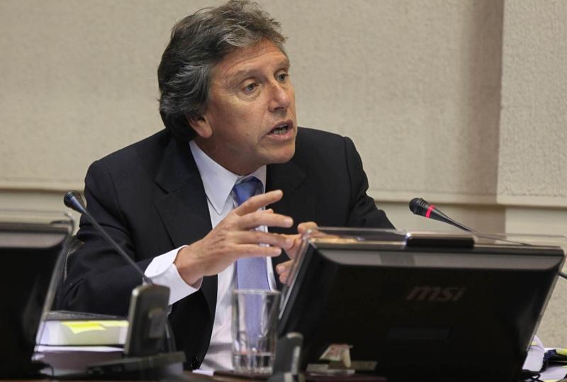 Senadoralberto-espina