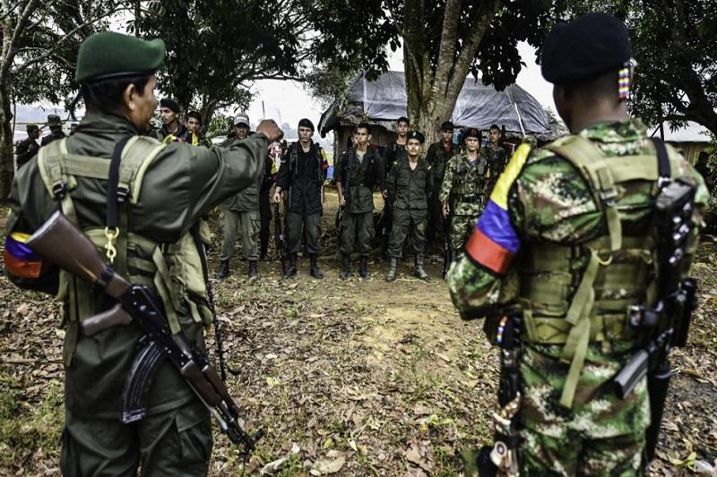 FARC insisten en alargar fechas para la entrega de armas y desmovilizarse