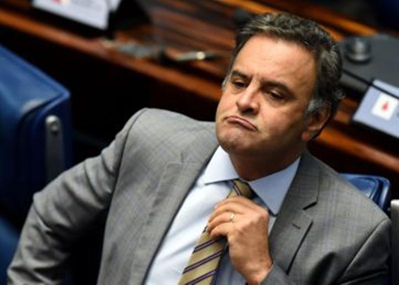 Senador Aecio Neves- folha