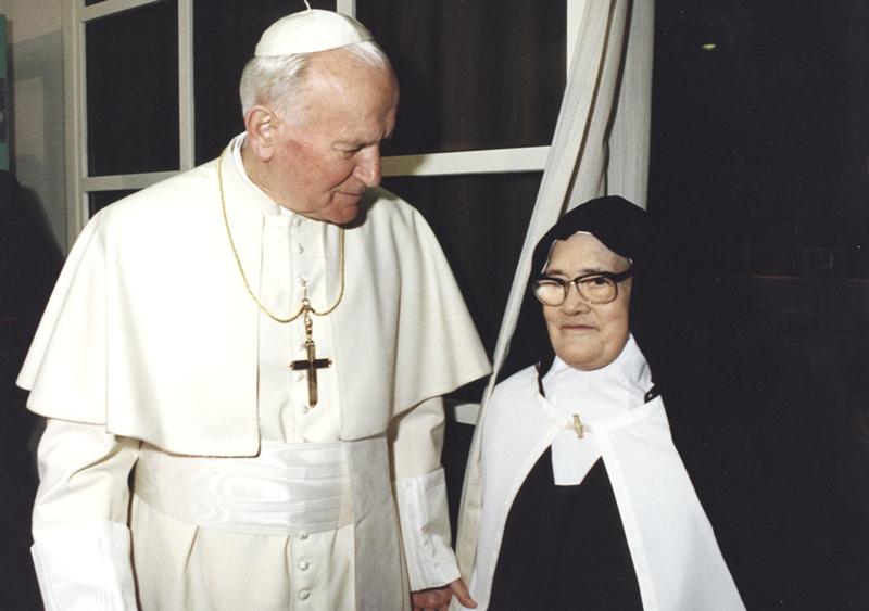 Papa Juan Pablo II de Lucia Dos Santos vidente de la Virgen