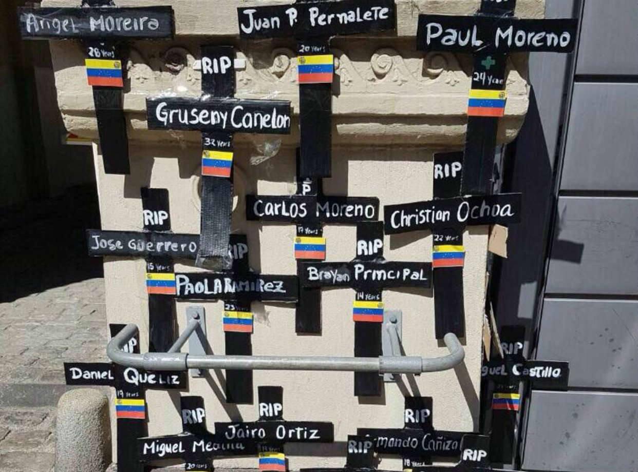 Venezolanos en Dinamarca rindieron homenaje a fallecidos en protestas