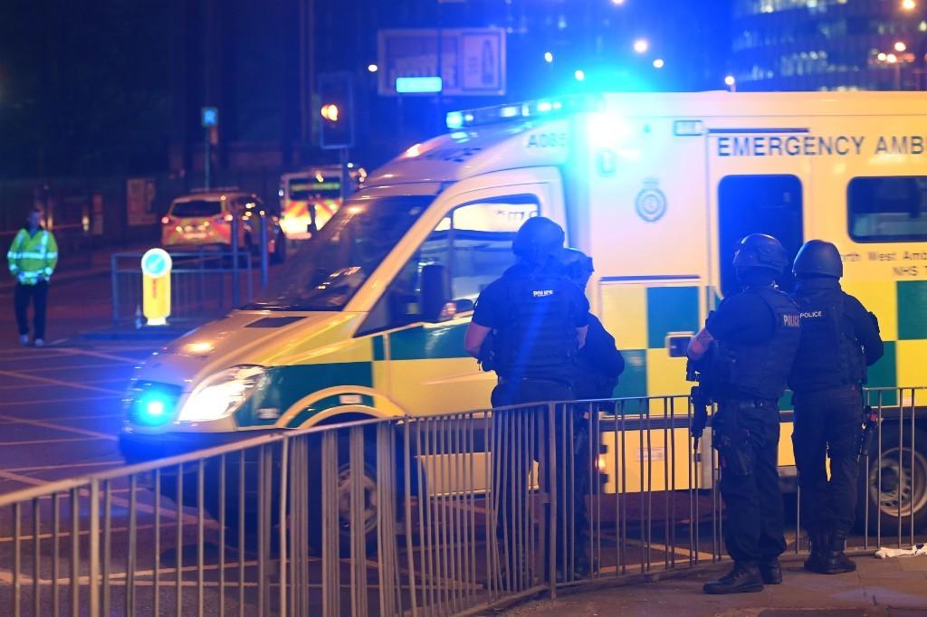 Se elevan a 22 los muertos en el atentado suicida de Manchester