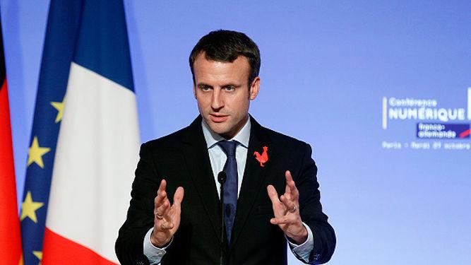 Emmanuel-Macron-Marcha-movimiento-Francia_905620384_102247057_667x375