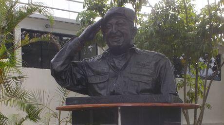Estatua-Chavez-ProceresFoto-Andres-Jimenez_NACIMA20130506_0159_6