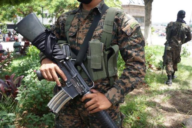 militares barrios III
