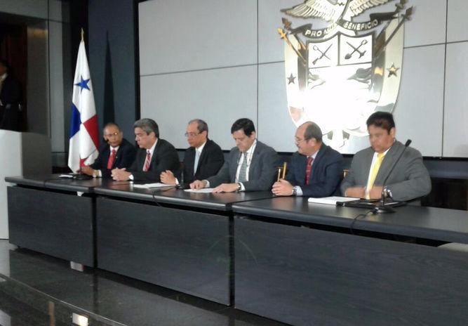 Autoridades-Salud-Panama-informacion-equivocada_LPRIMA20160613_0155_34