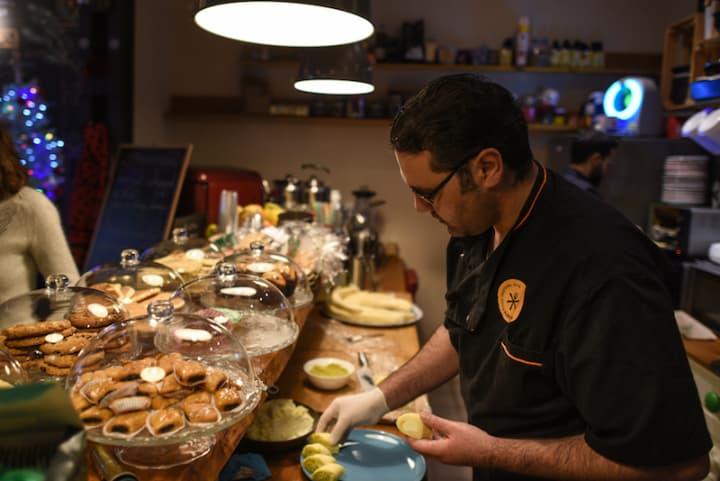 Un Festival Pone A Chefs Refugiados Al Frente De