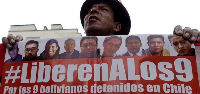 funcionarios-bolivianos