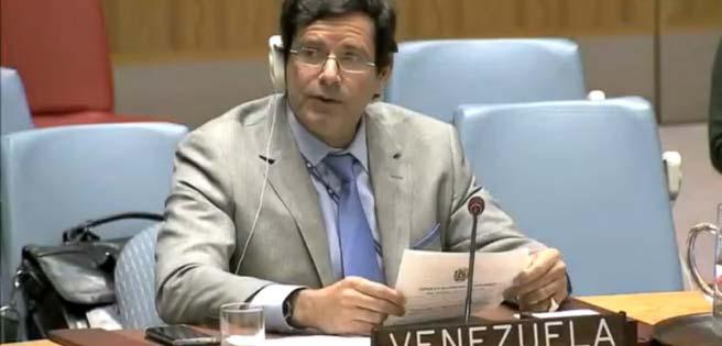 Diplomático venezolano renuncia