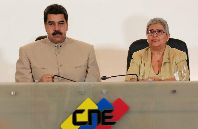 AVN-Maduro-y-Tiby-640