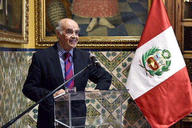 Canciller de Perú, Ricardo Luna
