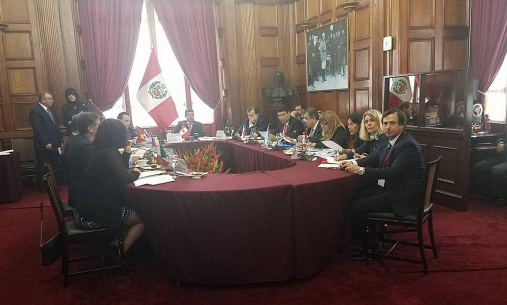 """Parlamentos de América condenaron """"masacre institucional"""" en Venezuela"""