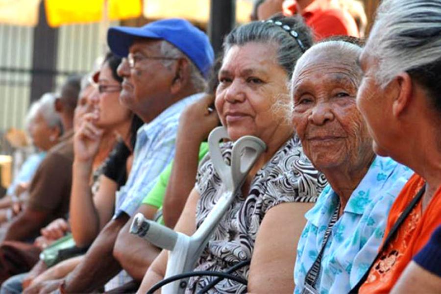 Ancianos-venezolanos
