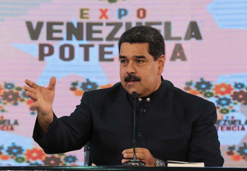 """Sigue la crisis mientras Nicolás está """"listo"""" para enviar ayuda a México"""