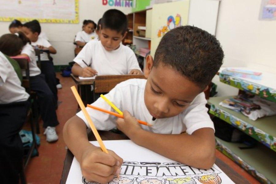 Niños-venezolanos-en-las-escuelas